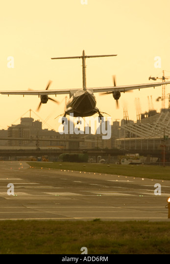 Regional turboprop airliner landing - Stock Image