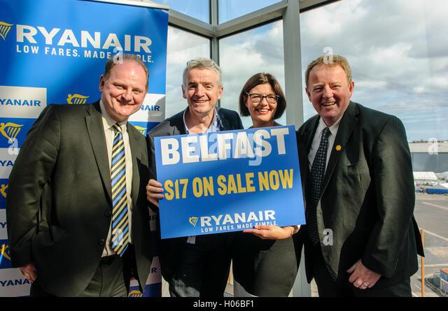Belfast, Northern Ireland. 20 Sep 2016 - Brian Carlin (L), Director of Commercial Development, Deborah Harris (CR), - Stock Image