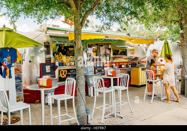 Popular food truck at a beach resort town. - Stock Image