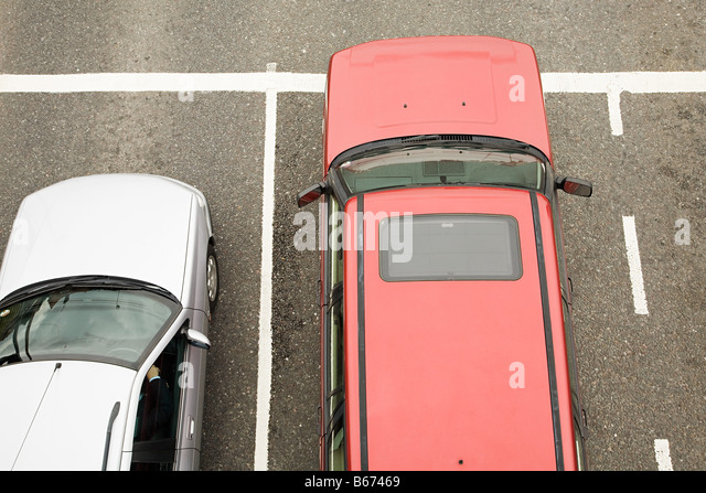 Cars in car park - Stock Image