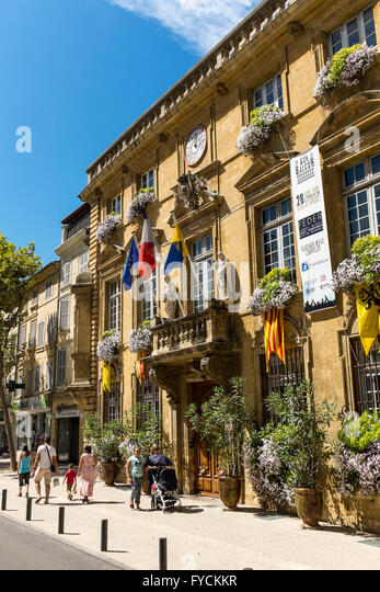 Foyer Michel Lyon Salon De Provence : Cote salon stock photos images alamy