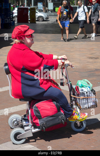 Sydney Australia NSW New South Wales CBD Central Business District Circular Quay senior woman disabled fashionable - Stock Image