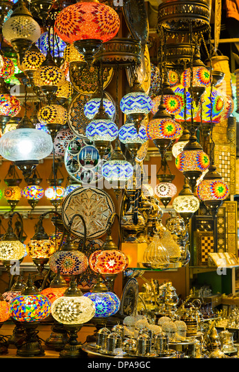 Lamps display, Grand Bazaar, Istanbul, Turkey - Stock Image