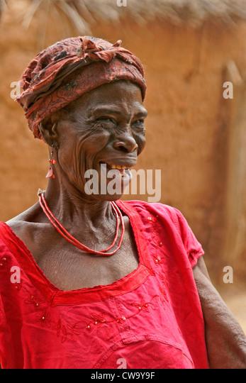 Old woman of Mognori village, Ghana - Stock Image