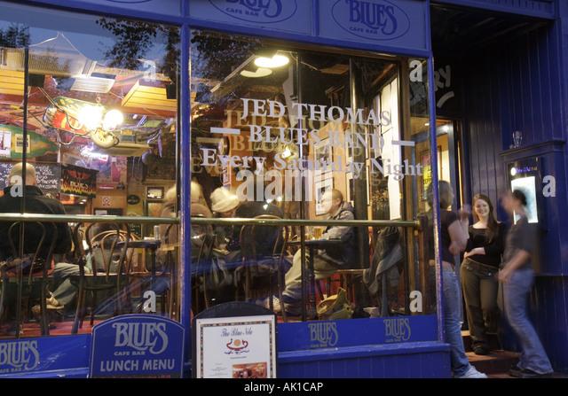 UK, England, Harrogate, Montpellier Parade, Blues Cafe Bar, nightlife, - Stock Image