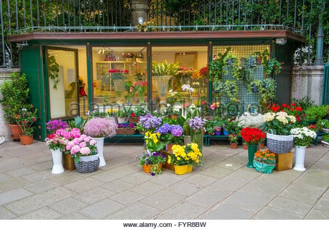 Florists shop with outside displays, Campo Santo Stefano, Venice, Italy, April - Stock-Bilder