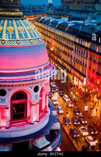 Paris, France, Shopping, Printemps Department Store, Outside, Dusk, Boulevard Haussmann - Stock-Bilder