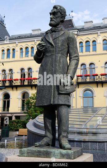 Johan Sverdrup, 1816-1892, first Prime Minister in Norway, memorial, Karl Johans gade, Oslo, Norway, Scandinavia, - Stock Image