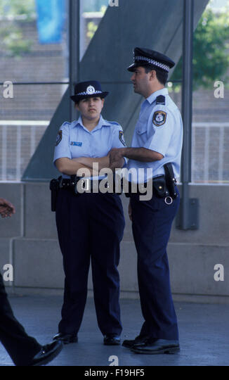 Dating a police officer in Sydney