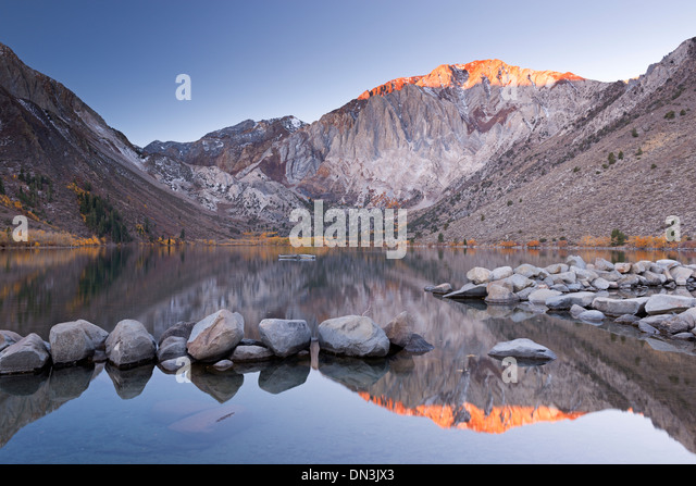 Sunrise at Convict Lake in the Eastern Sierra Mountains, California, USA. Autumn (October) 2013. - Stock Image