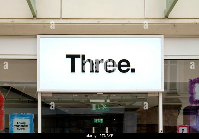 3 Mobile Phone Shop Stock Photos & 3 Mobile Phone Shop ...