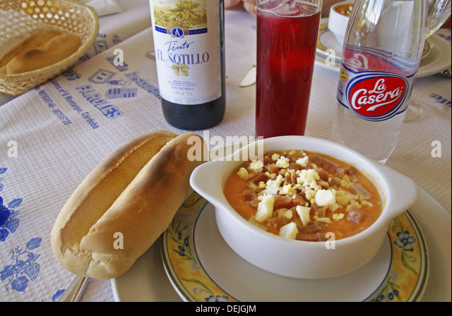 Tinto verano stock photos tinto verano stock images alamy for Andalusia cuisine