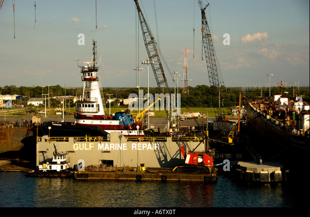 Tampa Florida  Port of Tampa repair facility - Stock Image
