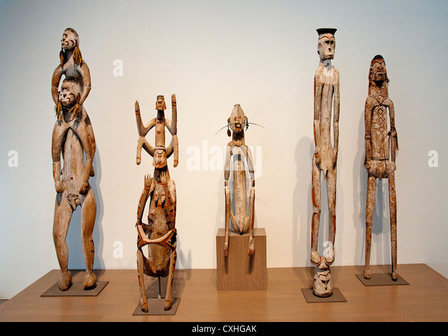 Five Ancestor figures Asmat People New Duinea Papua Irian Jaya Indonesia - Stock Image