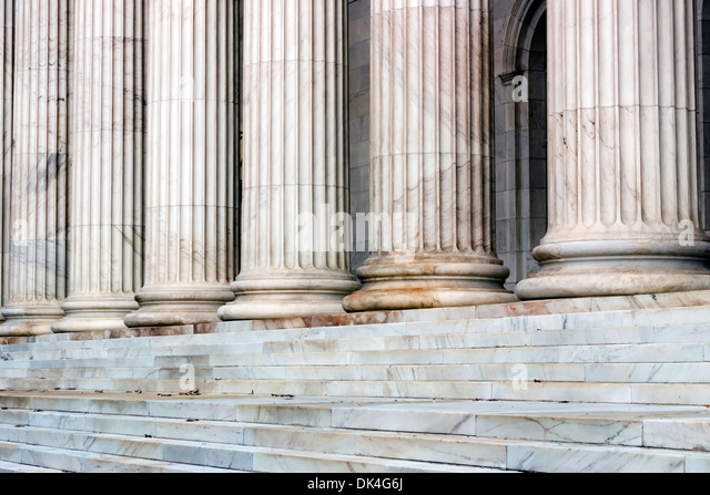 Columns and steps, 10th Circuit Court of Appeals Building, Denver, Colorado USA - Stock-Bilder