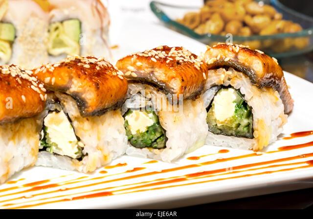how to make smoked eel sushi
