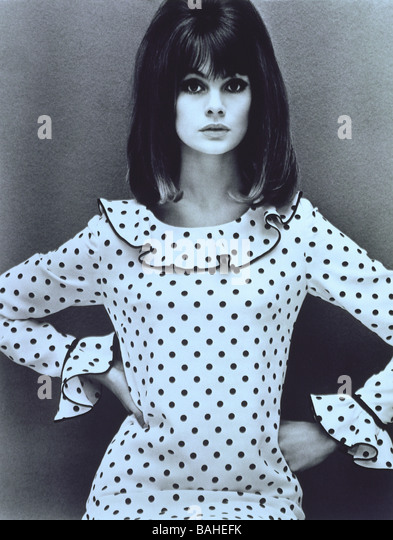 Jean Shrimpton in a Mary Quant dress. Photo by John French. England, 1964. - Stock-Bilder