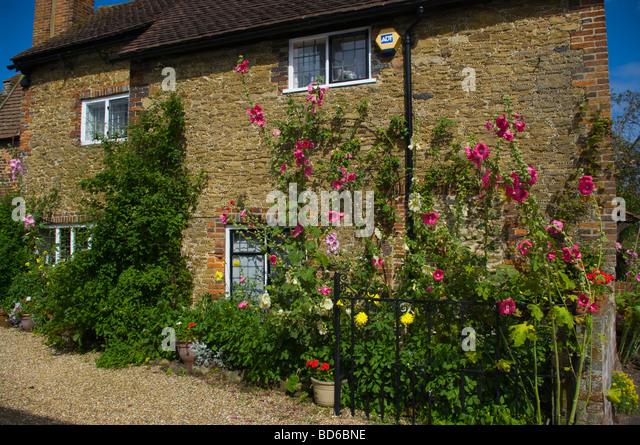 stone house cottage garden stock  stone house
