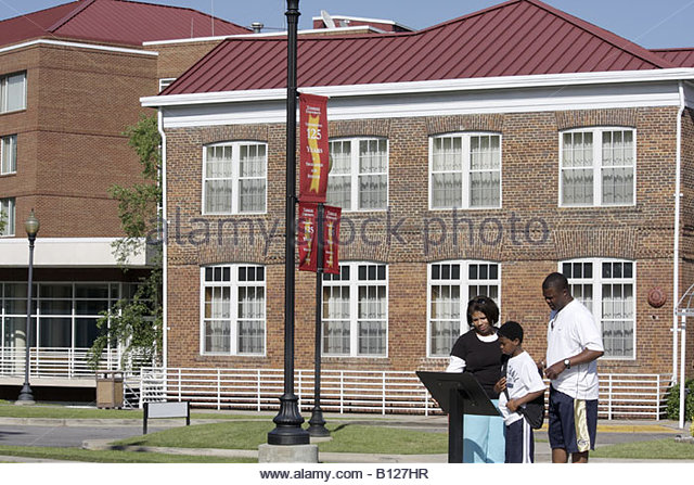 tuskegee institute hindu single men This was later named the tuskegee institute the tuskegee men's club began of three geographic single-member districts tuskegee has one city council.