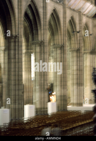 Columns in a church, blurred - Stock-Bilder