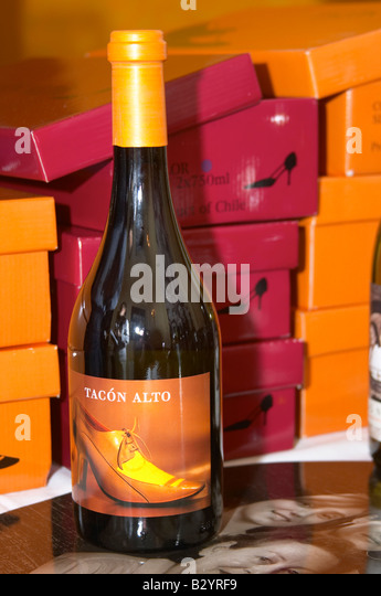Tacon Alto shoe boxed wine made by the owners of Chateau de Jau. Colchagua, Chile. - Stock Image