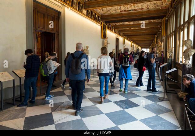 Visitors and tourists, Uffizi Gallery, Florence, Tuscany, Italy, Europe - Stock Image
