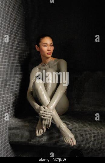 Rassoul mud treatment at a spa - Stock-Bilder