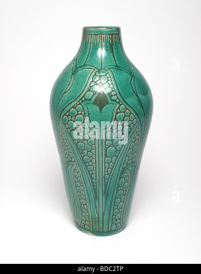 Robbia stock photos robbia stock images alamy for Arts and crafts pottery makers