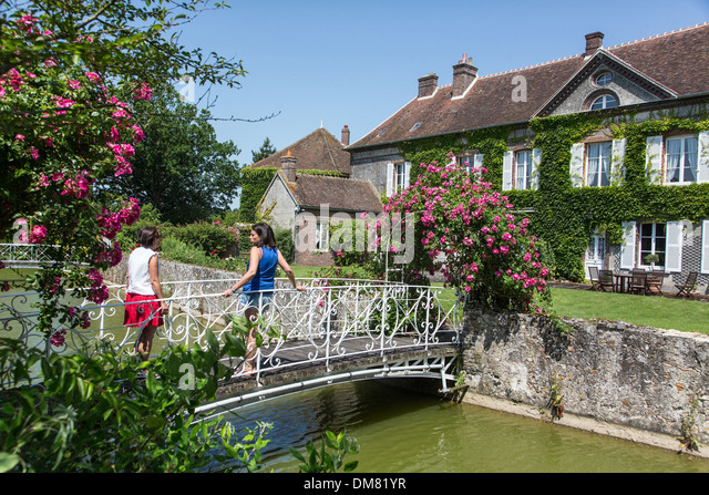 Eure manor stock photos eure manor stock images alamy for Auberge grand maison mur