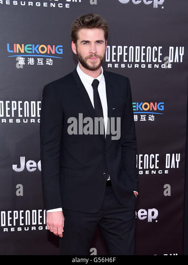 Hollywood, California, USA. 20th June, 2016. Liam Hemsworth arrives for the premiere of the film '''Independence - Stock Image