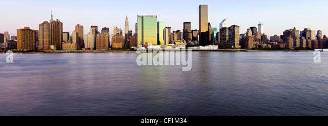 Skyline of Midtown Manhattan, East River, New York, United States of America - Stock Image