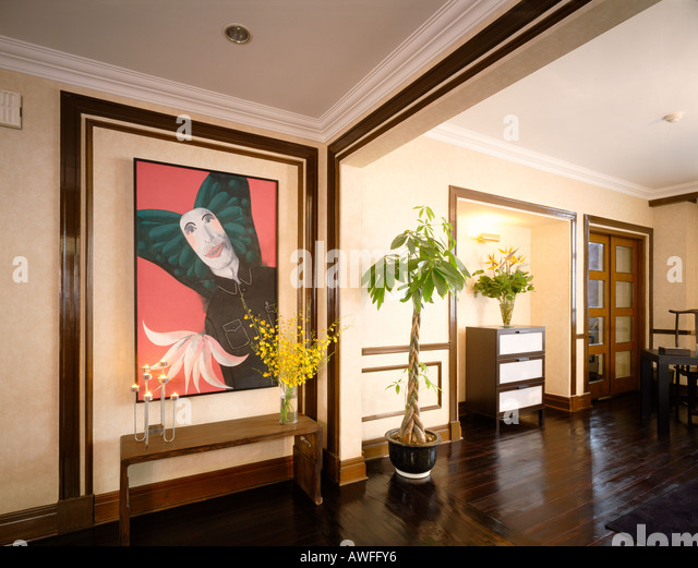 Entrance hall of a Shanghai art decor apartment in Grosvenor House Shanghai China designed by Robert Chan of Nube - Stock Image