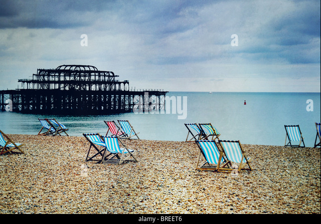 deck chairs on Brighton beach - Stock-Bilder