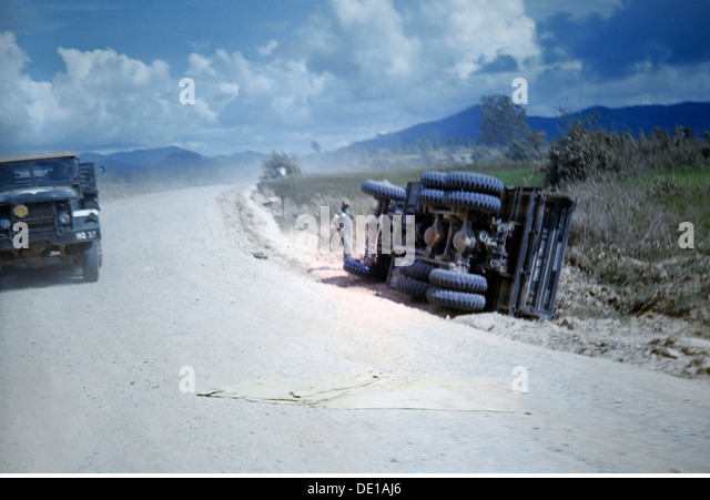 Vietnam War 1957 - 1975 crashed American lorry at the roadside South Vietnam 1965 lorry accident accidents mishap - Stock Image