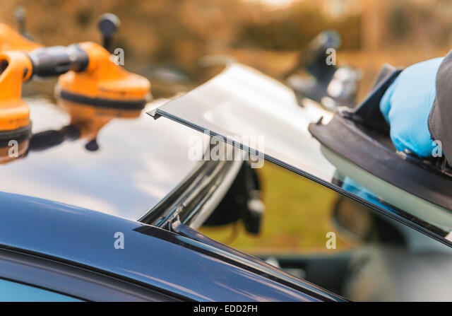 how to become a windscreen fitter