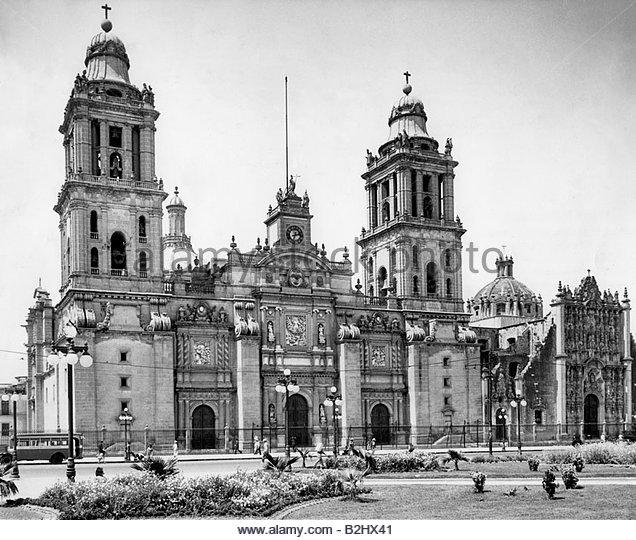 Mexico city cathedral stock photos mexico city cathedral - Zocalo exterior ...