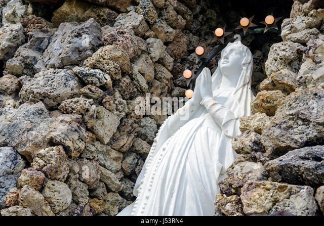 Arkansas Pocahontas St. Paul Catholic Church grotto religion Virgin Mary Marian altar statue rock icon Christianity - Stock Image