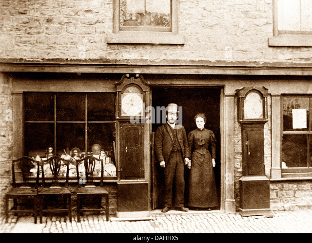 Tickhill Antique Shop early 1900s - Stock Image