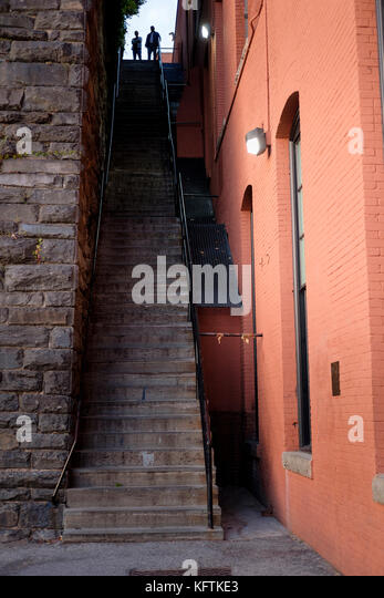the-exorcist-steps-staircase-movie-locat
