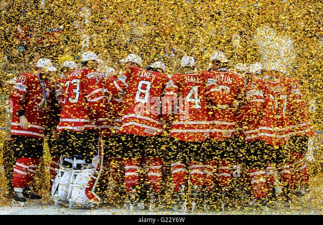 Moscow, Russia. 22nd May, 2016. Canada's national team celebrates during the award ceremony of IIHF Ice Hockey - Stock Image