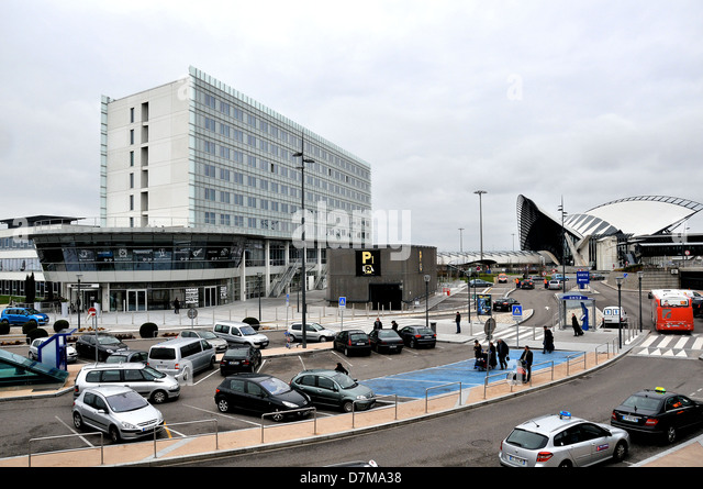 Nh Hotel Lyon France Aeroport