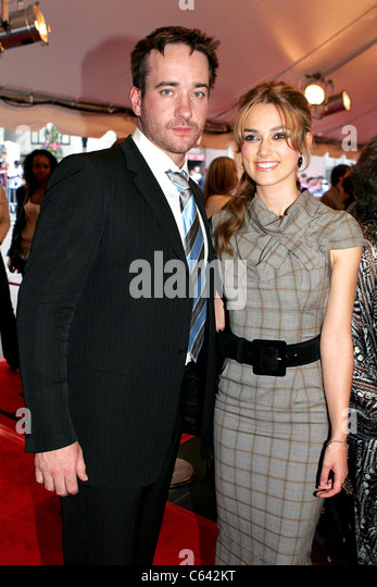 Matthew MacFadyen, Keira Knightley at arrivals for PRIDE & PREJUDICE Premiere at Toronto Film Festival, Roy - Stock Image