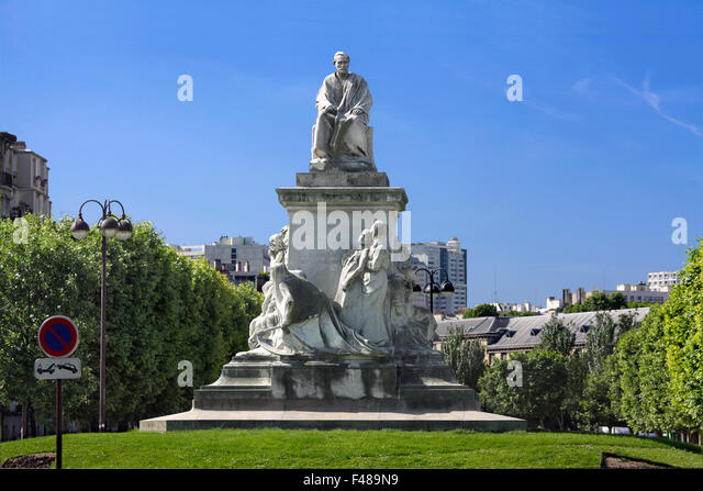 Statue of Louis Pasteur, Place de Breteuil, Paris. - Stock Image