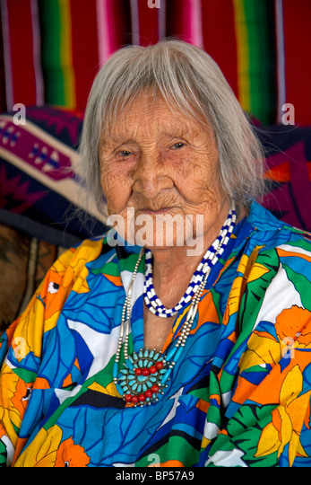 Native Pueblo elderly woman in San Felipe Pueblo, New Mexico, USA. - Stock Image