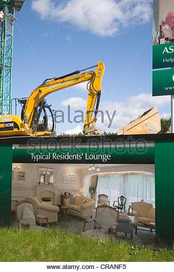 Hoarding home uk stock photos hoarding home uk stock for Burgess builders