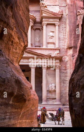 Camels at The Treasury, Petra, Jordan - Stock Image