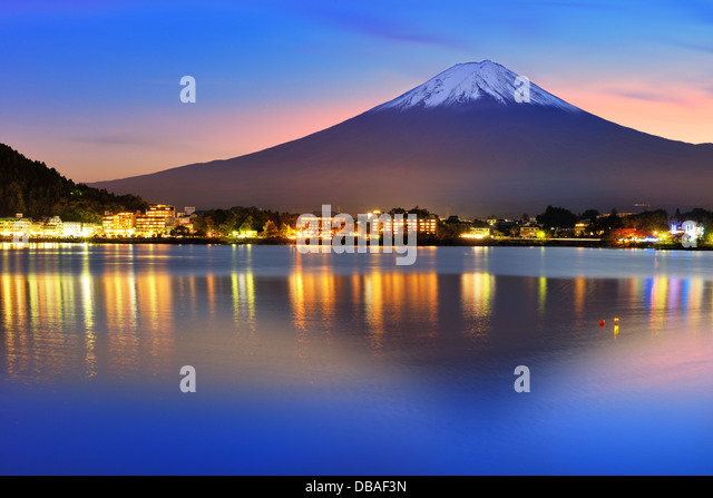 Mt. Fuji with twilight colors in japan. - Stock-Bilder
