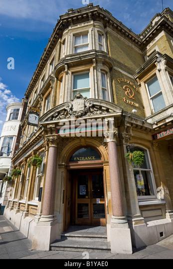 Ferryman Firkin public house in Southampton High Street Hampshire England - Stock-Bilder