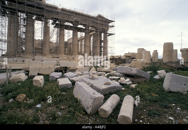 restoring the parthenon on the acropolis athens the stone has been corroded by atmospheric pollution 1992 - Stock Image