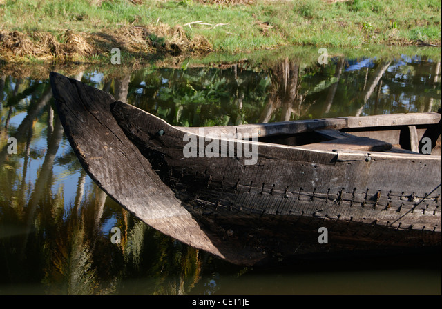 Indian Canoe Stock Photos & Indian Canoe Stock Images - Alamy